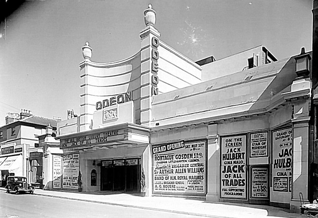 exterior odeon cinema west sussex arun littlehampton